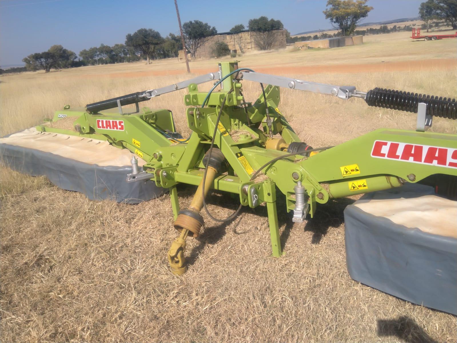 refurbished-claas-8550c-butterfly-mower
