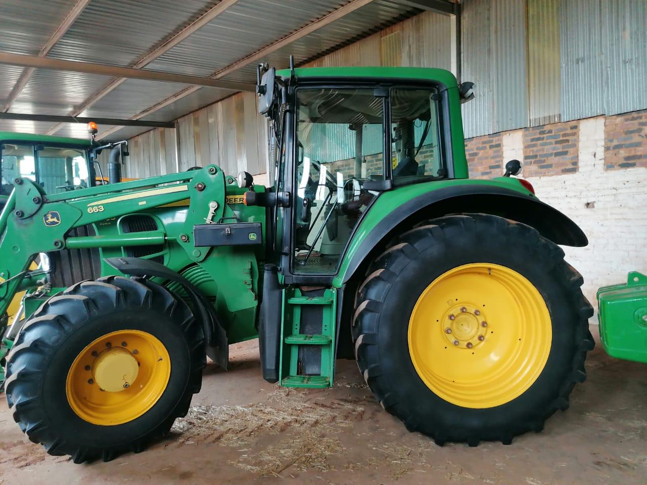 2009john-deere-6530p-loader-tractor-6500h