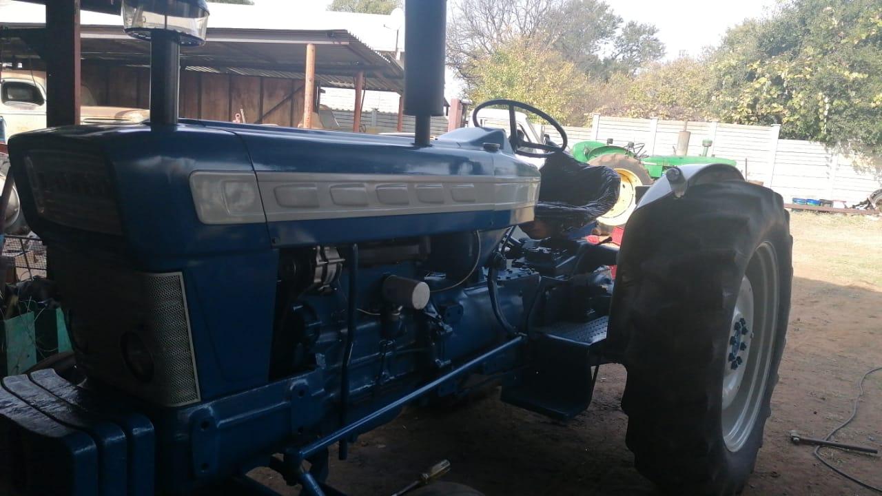 1965-ford-5000-super-major-r300000